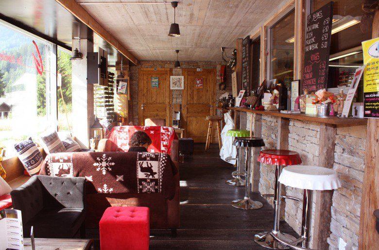 Why'n'hot Lounge Bar